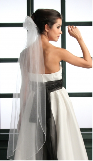 simply bridal one tier 45%22 pencil edge veil2